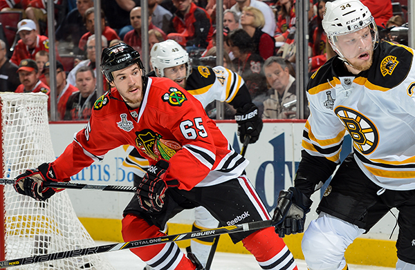 Andrew Shaw Steps Up In Jonathan Toews' Absence