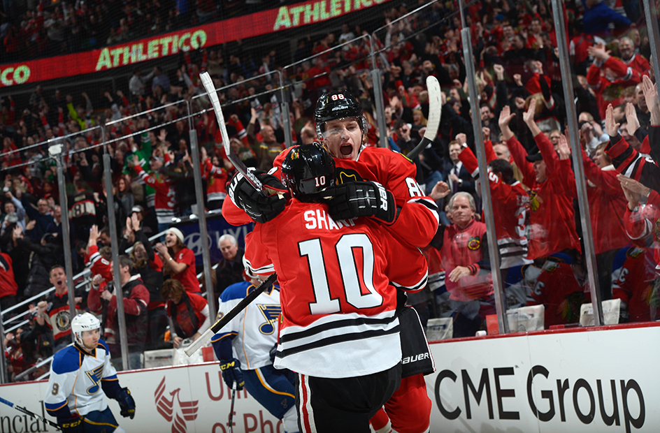 patrick kane patrick sharp blackhawks blues goal