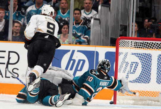 SAN JOSE, CA - APRIL 19:  Bobby Ryan #9 of the Anaheim Ducks shoots the puck just past the glove of goalie Evgeni Nabokov #20 of the San Jose Sharks and scores the first goal of the game during Game Two of the Western Conference Quarterfinal Round of the 2009 Stanley Cup Playoffs on April 19, 2009 at HP Pavilion at San Jose in San Jose, California.  (Photo by Don Smith/NHLI via Getty Images)