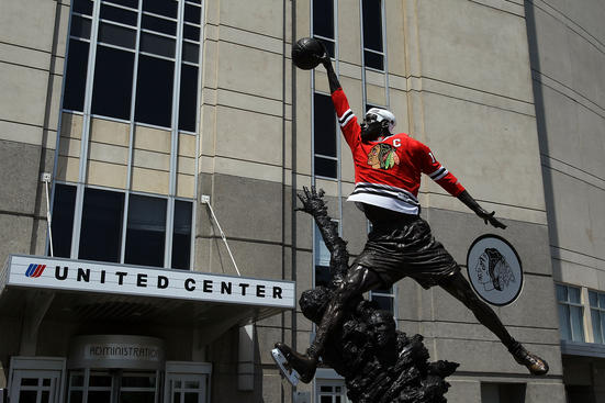 CHICAGO - MAY 29: A staute of former Chicago Bull Michael Jordan stands outside of the United Center dressed in a Blackhawks uniform before Game One of the 2010 NHL Stanley Cup Finals between the Philadelphia Flyers and the Chicago Blackhawks on May 29, 2010 in Chicago, Illinois. (Photo by Jim McIsaac/Getty Images)