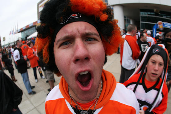 PHILADELPHIA, PA - APRIL 22: A Philadelphia Flyers fan arrives for their game against the Buffalo Sabres prior to Game Five of the Eastern Conference Quarterfinals during the 2011 NHL Stanley Cup Playoffs at Wells Fargo Center on April 22, 2011 in Philadelphia, Pennsylvania. (Photo by Bruce Bennett/Getty Images)