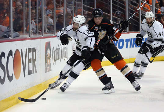 ANAHEIM, CA - MAY 03:  Jarret Stoll #28 of the Los Angeles Kings is checked by Matt Beleskey #39 of the Anaheim Ducks in the first period of Game One of the Second Round of the 2014 NHL Stanley Cup Playoffs at Honda Center on May 3, 2014 in Anaheim, California.  (Photo by Jeff Gross/Getty Images)
