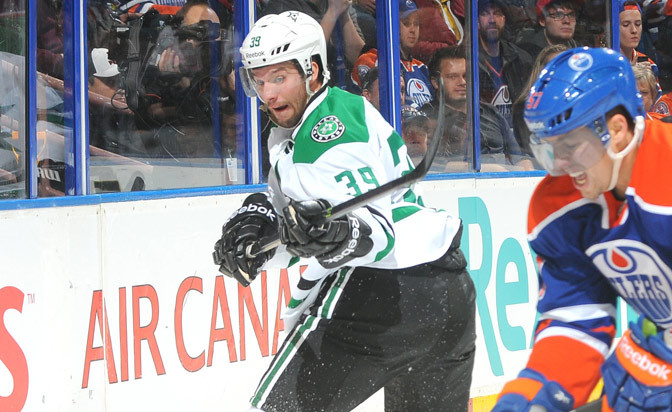 Stars sign forward Morin to two-year extension