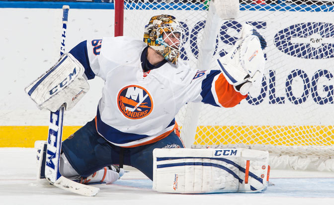 Goalie Kevin Poulin agrees to one-year deal with Islanders