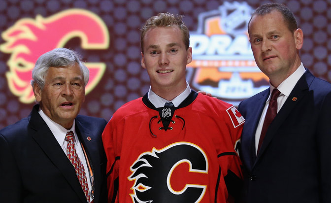 Flames sign top pick Sam Bennett