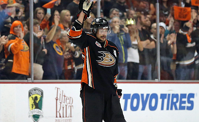 Ducks to retire Selanne's number on Jan. 11 vs. Jets