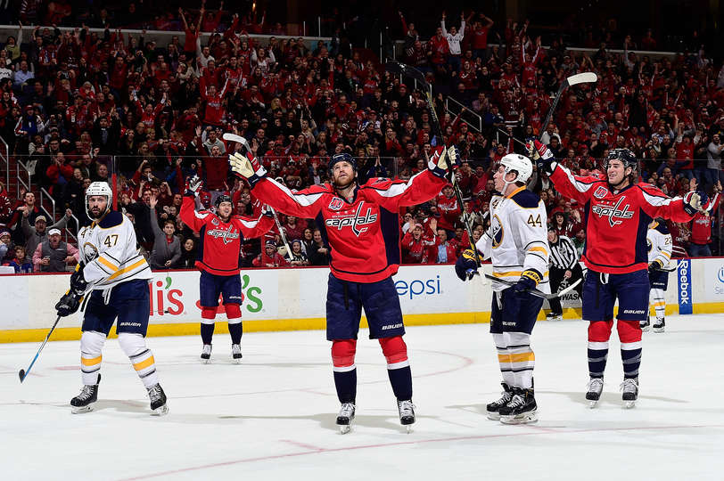 Ovechkin scores 44th in return, Capitals defeat Sabres